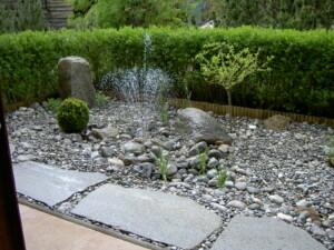 naturstein oder beton - Gartengestaltung Steine