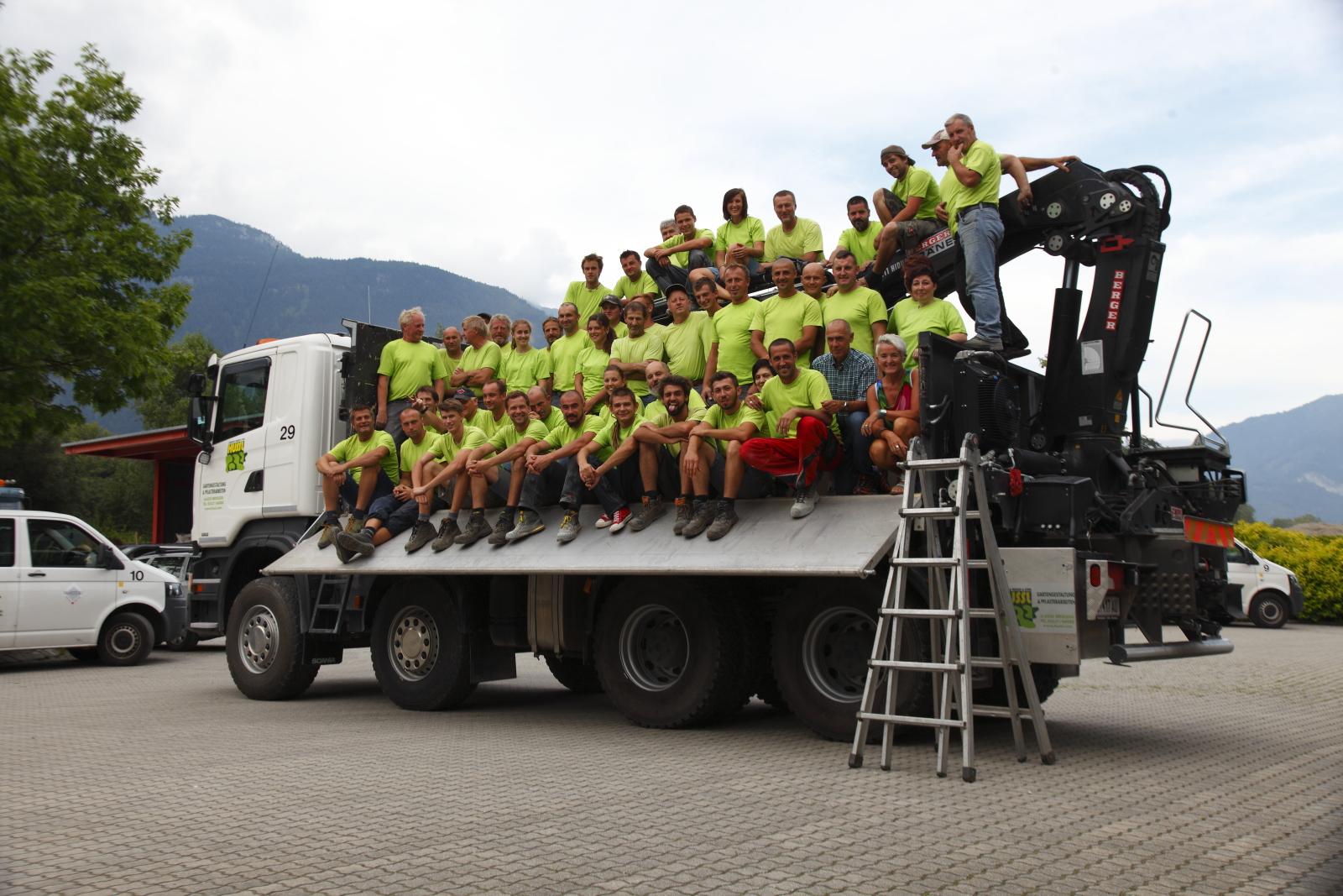 Hussl Gartenbau Team